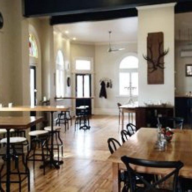 Alexandra Hotel and Cafe